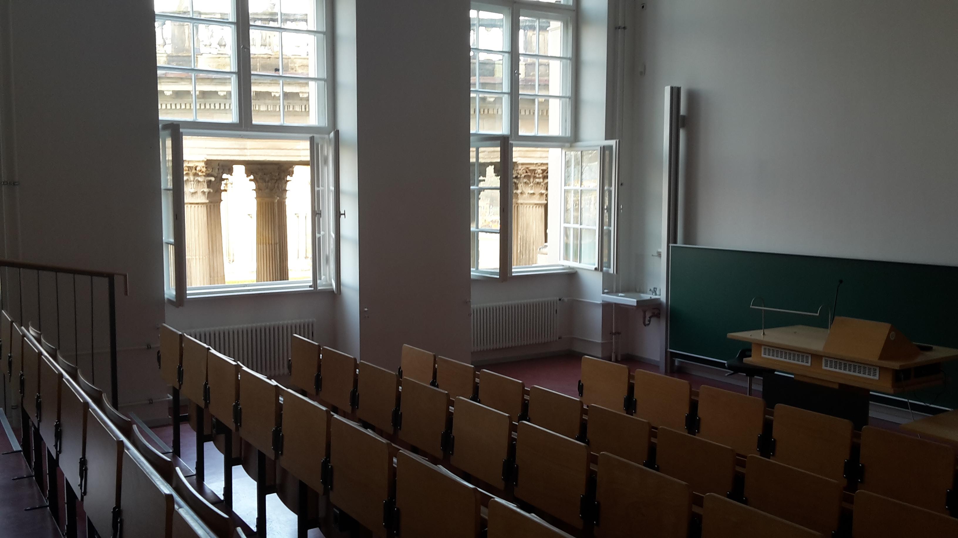 Veranstaltungraum - Großer Vorlesungssaal Haus 9